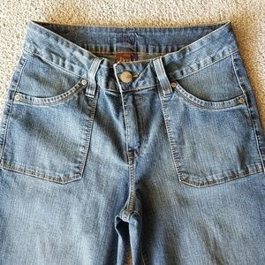 Jag Stretch Woman's Cropped Jeans size 8.